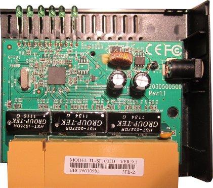 TP-Link TL-SF1005D Innenansicht