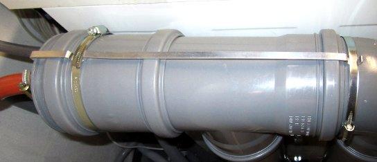 Klammer zum Zusammenhalten der Rohre